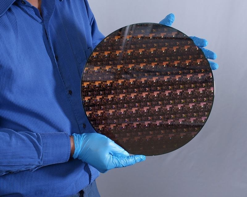 IBM has created the world's first 2nm chipset