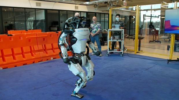 What's inside Boston Dynamics' robotics workshop?