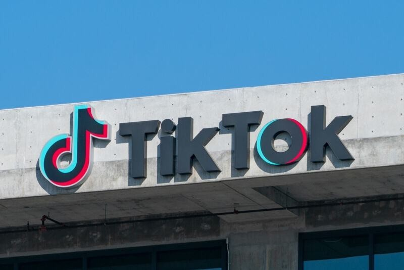 TikTok reportedly surpasses YouTube in viewing time per user