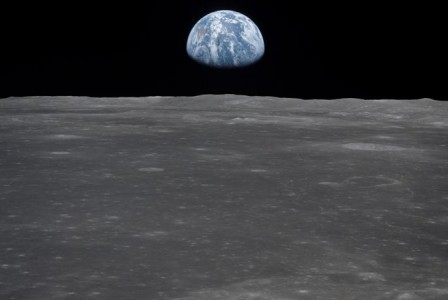 Scientists want to build a solar-powered ark on the Moon