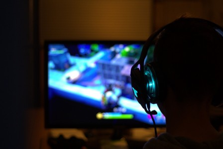 Midnight Patrol: Tencent's facial recognition system to prevent children gaming at night