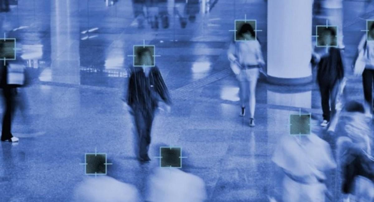 ΕΕ: Προτείνει την απαγόρευση βιομετρικών μεθόδων αναγνώρισης πολιτών σε δημόσιους χώρους