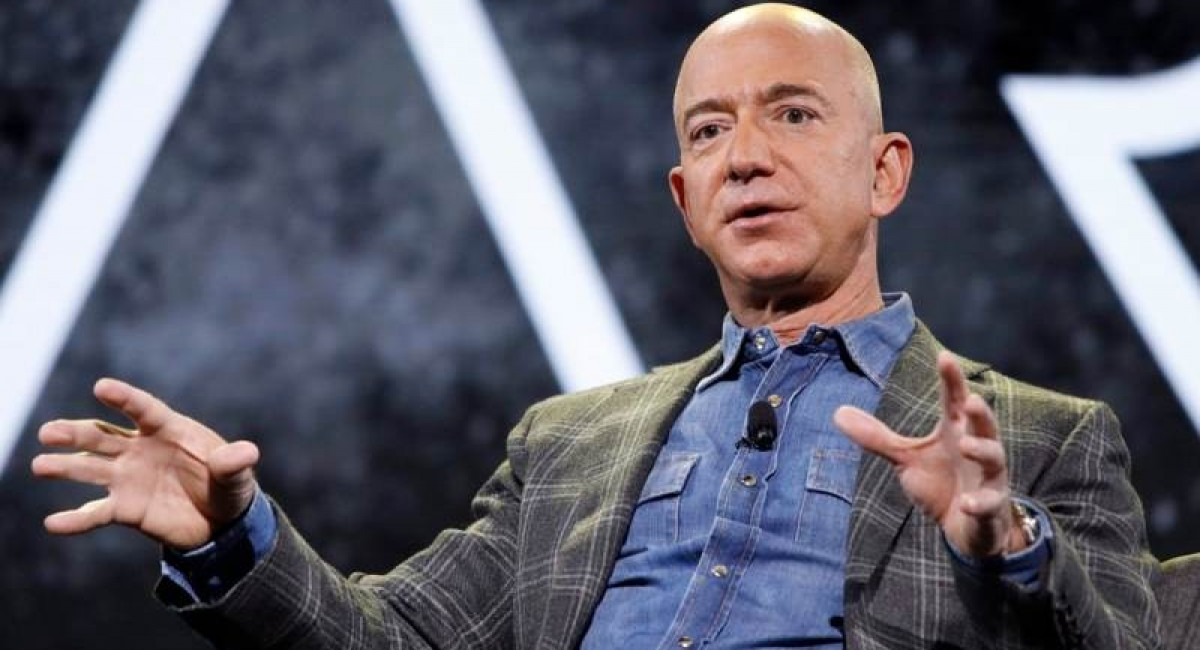 Jeff Bezos will go into space on first crewed flight of New Shepard rocket
